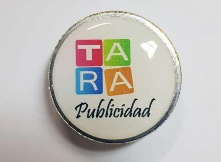 Pin Acrilico Publicitario Filete Plateado